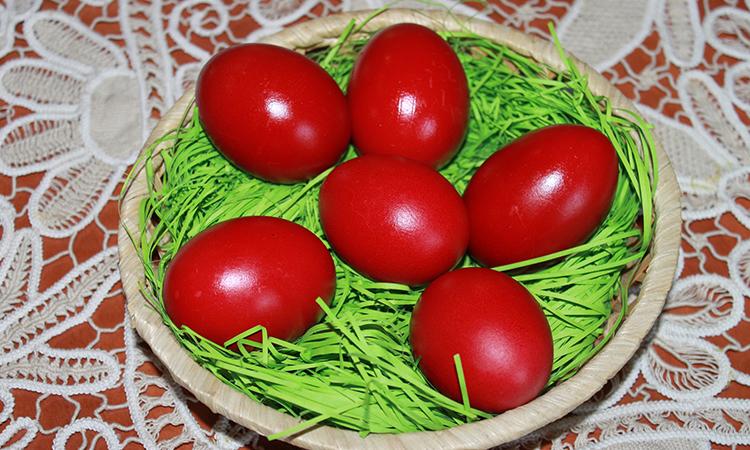 Red Eggs Dye –Holy Thursday Easter Tradition